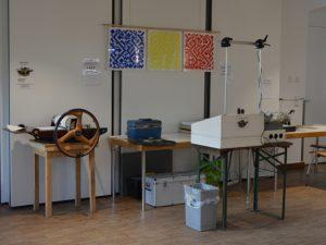 Druckpresse und mobiler Arbeitsplatz